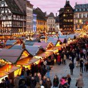 Στην πρωτεύουσα, όπως θεωρείται, της σαμπάνιας, η γιορτή είναι συνώνυμο της Ρεμς, στη Βόρεια Γαλλία