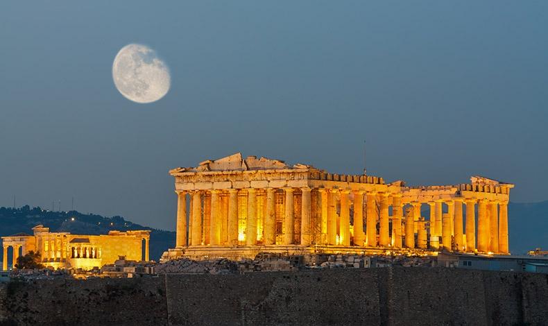Η Αθήνα και η Ακρόπολη ανακηρύχθηκαν αντίστοιχα ως ο καλύτερος city break προορισμός και ως το καλύτερο αξιοθέατο για την Ευρώπη για το 2018