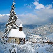 Το «Παρίσι των πάγων», όπως κάποιοι αποκαλούν την Courchevel, είναι το πιο ακριβό χειμερινό θέρετρο στον κόσμο