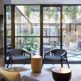 Το ξενοδοχείο Kimpton De Witt είναι κλασικού ολλανδικού ρυθμού με μοντέρνες πινελιές κι ένα από τα ωραιότερα καταλύματα αυτή τη στιγμή στο Άμστερνταμ
