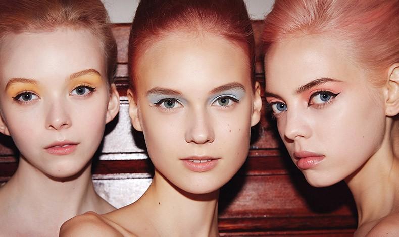 Ροζ, μοβ, γαλάζιες, φιστικί, ροδακινί, κίτρινο και άλλες παστέλ αποχρώσεις σκιών είναι μόδα και χαρίζουν διακριτικό αλλά και πολύ κομψό και δροσερό αποτέλεσμα