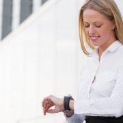 Αργείτε στα ραντεβού σας; Να πώς θα σταματήσετε την κακή συνήθεια!