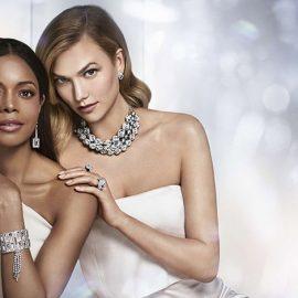 Η Naomie Harris και η Κarlie-Kloss για τη διαφημιστική καμπάνια για την επέτειο των 10 χρόνων της Atelier Swarovski