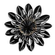 Η Black Friday... γεμίζει λάμψη και φως σε έναν «σταθμό ομορφιάς»!