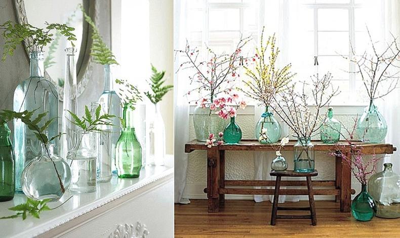 Κλαριά, άνθη και πολλών σχημάτων μπουκάλια