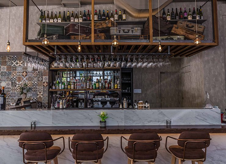 Caravin wine bar: Το «καραβάνι» του κρασιού!