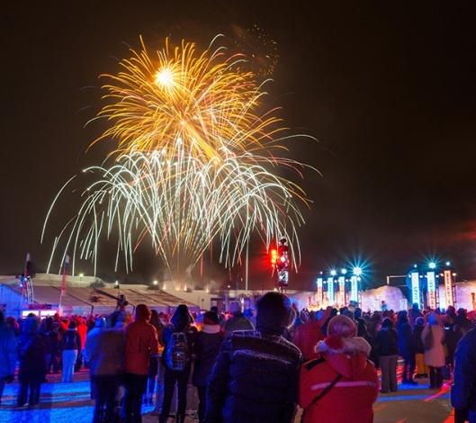 Θεαματικά πυροτεχνήματα στο Κεμπέκ