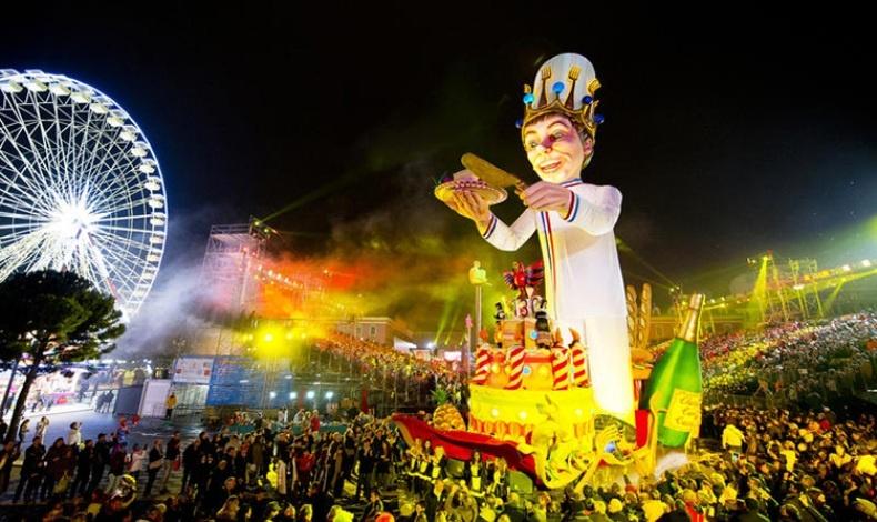 Χαρακτηριστική σκηνή από το καρναβάλι της Νίκαιας στη Νότια Γαλλία