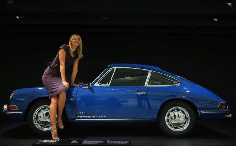 Το αστέρι του τένις, Μαρία Σαράποβα, ποζάρει για την Porsche