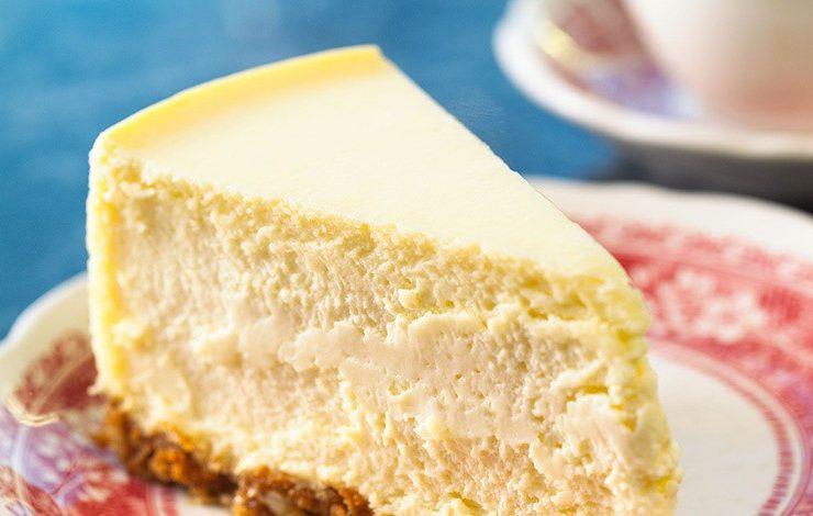 Τσιζκέικ με μέλι και γιαούρτι