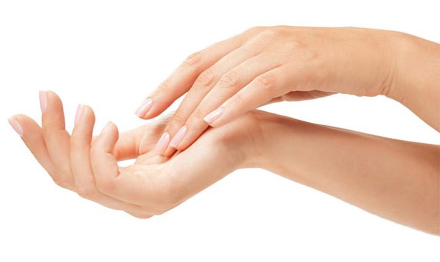 Τα πιο μακριά νύχια και το οβάλ σχήμα παίζουν ρόλο