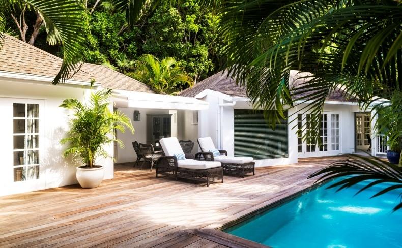 H ιδιωτική πισίνα του Garden Villa Room