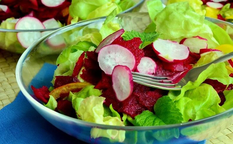 Το πράσινο μας προτρέπει σε υγιεινές επιλογές διατροφής κάνοντάς μας να καταναλώνουμε περισσότερα φρέσκα φρούτα και λαχανικά