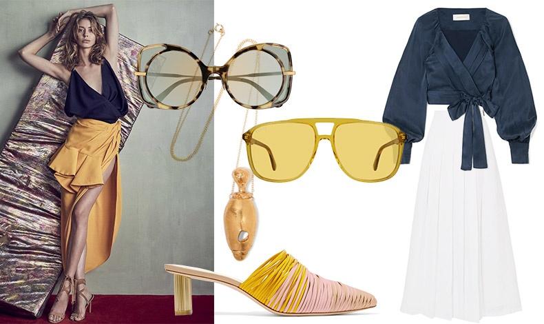 Μοντέρνος συνδυασμός μπλε και κίτρινο! Τολμήστε τον! // Χρυσό κόσμημα, Alighieri // Σε σχήμα πεταλούδας διάφανο γαλάζιο-κίτρινο από τη νέα συλλογή γυαλιών Bottega Veneta // Γυαλιά σε λαμπερό κίτρινο, από την καλοκαιρινή συλλογή, Gucci // Μule, Cult Gaia // Πουκάμισο, Zimermann // Λευκή φούστα, Max Mara
