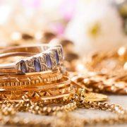 Για αστραφτερά χρυσά κοσμήματα: Μία «σπιτική» συνταγή