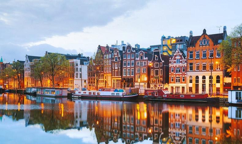 Η ισορροπία μεταξύ επαγγελματικής και προσωπικής ζωής, ο ενεργός τρόπος ζωής και οι ανοιχτόμυαλοι, φιλικοί και ελεύθεροι άνθρωποι κάνουν το Άμστερνταμ μία πόλη για να ζεις