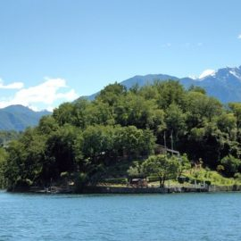 Comacina, το μοναδικό νησάκι της λίμνης, ένας ειδυλλιακός τόπος γεμάτος ιστορία