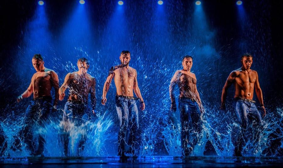 Dancing in the rain 2: Eπιστροφή με νέες χορογραφίες!