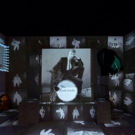"""Από την έκθεση """"David Bowie is"""" που έλαβε χώρα το 2013 στο Victoria & Albert Museum του Λονδίνου"""