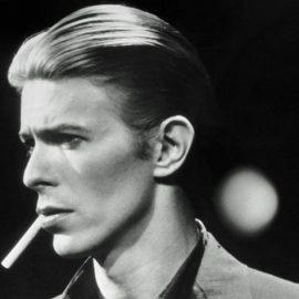 Από το ανδρόγυνο, στο glam rock το στιλ του έγινε πηγή έμπνευσης για σχεδιαστές όπως οι Jean Paul Gaultier, Alexander McQueen, Hedi Slimane, Tommy Hilifiger, Dries Van Noten