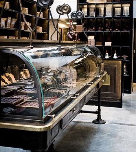 Η τελευταία δημιουργία του Alain Ducasse για σοκολατάκια περιωπής στο La Manufacture