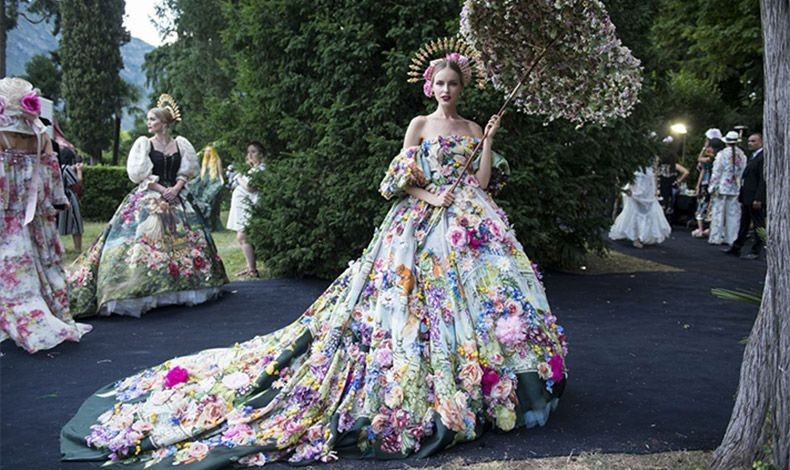 Doce&Gabbana's Alta Moda Extravaganza: Όνειρο θερινής νυχτός στη Λίμνη Κόμο