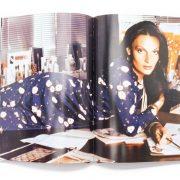 Aπό το βιβλίο «The Wrap» των εκδόσεων Assouline, η Diane von Fürstenberg