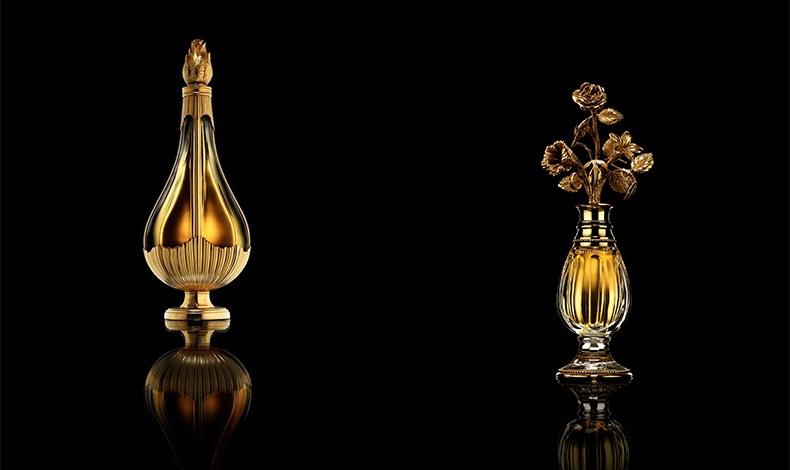 Άρωμα Diorling, 1963, Φωτό © Laziz Hamani // Μπουκάλι από κρύσταλλο Baccarat σχεδιασμένο από τον Christian Dior για το άρωμα Diorissimo, 1956, Φωτό © Laziz Hamani Chrisitian Dior Parfums collection