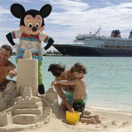 Η Disney διαθέτει ένα ιδιωτικό νησί, στις Μπαχάμες, το οποίο μπορούν να επισκεφθούν μόνο τα δικά της κρουαζιερόπλοια