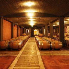Δρύινα βαρέλια και εκλεκτά κρασιά στο Κτήμα Κώστα Μιχαηλίδη