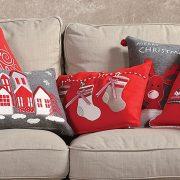 Στο πνεύμα των Χριστουγέννων! Διακοσμητικά μαξιλαράκια με ποικιλία σχημάτων και γιορτινών θεμάτων από τη σειρά Chirstmas, NEF NEF homeware