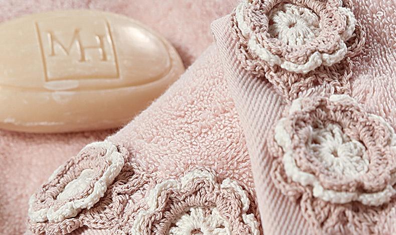 Για την καλύτερή μας φίλη με ρομαντική διάθεση, σετ χειροποίητες ροζ πετσέτες με δαντέλες και κεντήματα, Brigitte, NEF NEF homeware