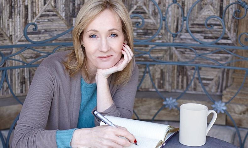 Χωρίς τη δημιουργό του Χάρι Πότερ, J.K. Rowling, θα είχαμε πολύ λιγότερη μαγεία στη ζωή μας