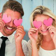 Αστρολογία: Τα 4 ζευγάρια που είναι πιθανόν να ερωτευτούν με την πρώτη ματιά