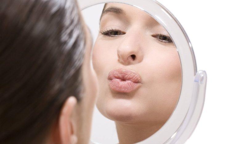 Φιλιά στον καθρέφτη ή η δύναμη της αυτοεκτίμησης!