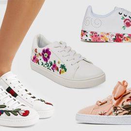 Τα φλοράλ αθλητικά φέρουν πλέον και «βαριές» υπογραφές! Με μεγάλα λουλούδια, Gucci // Με μοβ μικρά κεντημένα λουλούδια, Betsey Johnson // Με λουλουδάτη μπορντούρα και διακοσμητικό κεντημένο τριαντάφυλλο, Desigual // Με κεντημένα λουλούδια και σατέν κορδέλα, Louis Vuitton