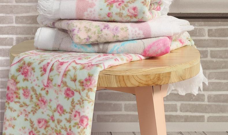 Λουλουδάτες πετσέτες κουζίνας βελουτέ από 100% βαμβάκι σε διαστάσεις 40Χ60εκ., 3,50?