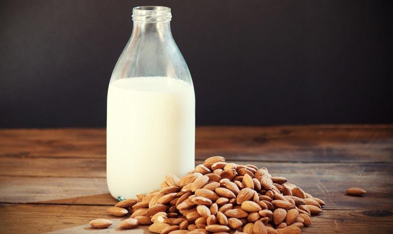 Γάλα αμυγδάλου ελαφρύ ή πλήρες