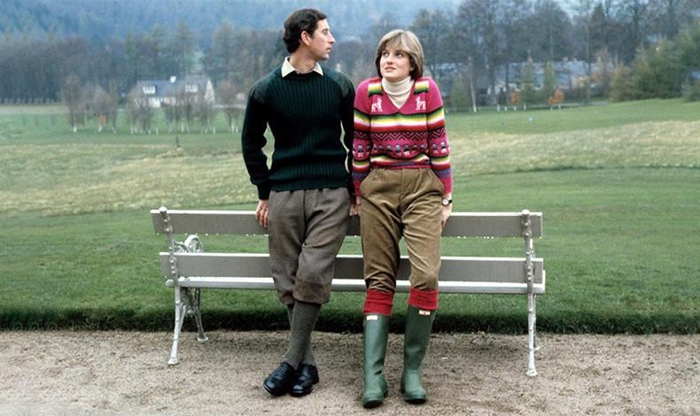Ο Κάρολος και η Νταϊάννα με τις original green γαλότσες της