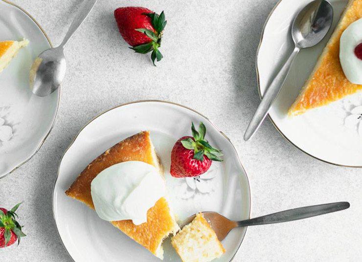 Γιαουρτόπιτα με μέλι και λεμόνι: Ο «παράδεισος» σας περιμένει!