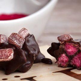 Στο Azya Wine & Chocolate Bar απολαμβάνετε κρασί με σοκολάτα σε υπέροχους συνδυασμούς