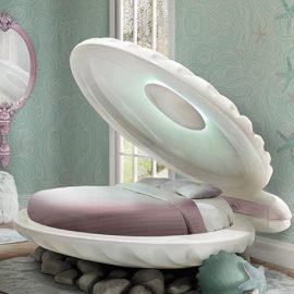 Με έμπνευση από τη «Μικρή γοργόνα» του Ντίσνεϊ ένα κοχύλι-κρεβάτι σαν από τα βάθη του ωκεανού