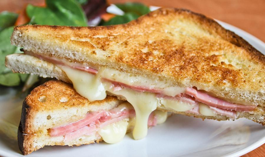 Οι χρυσοί κανόνες για το τέλεια λιωμένο τυρί