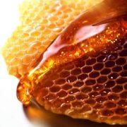 Μέλι: Ο πολύτιμος σύμμαχός μας για όμορφο, αψεγάδιαστο δέρμα!