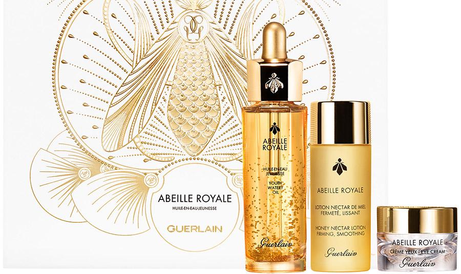 Μέσα από την εντυπωσιακή σειρά περιποίησης Abeille Royale μπορούμε να ανακαλύψουμε την προσωπική μας φόρμουλα για λείο και αψεγάδιαστο δέρμα, ώστε να ακτινοβολούμε λάμψη και φως και τις ημέρες των εορτών!