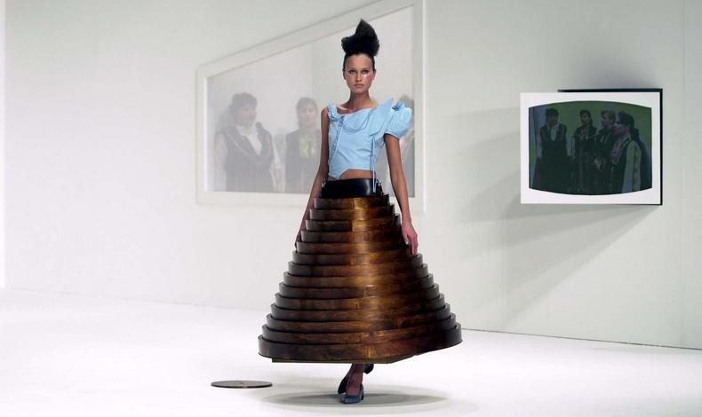 Hussein Chalayan: Η πειραματική πλευρά της μόδας