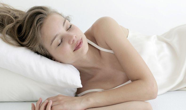 Ξυπνήσατε εν τω μέσω της νυχτός; Να, τι ΔΕΝ πρέπει να κάνετε!