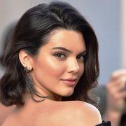 H Kendall Jenner κατάφερε φέτος να βρεθεί στην κορυφή της ετήσιας λίστας Forbes, ως το πιο ακριβοπληρωμένο μοντέλο