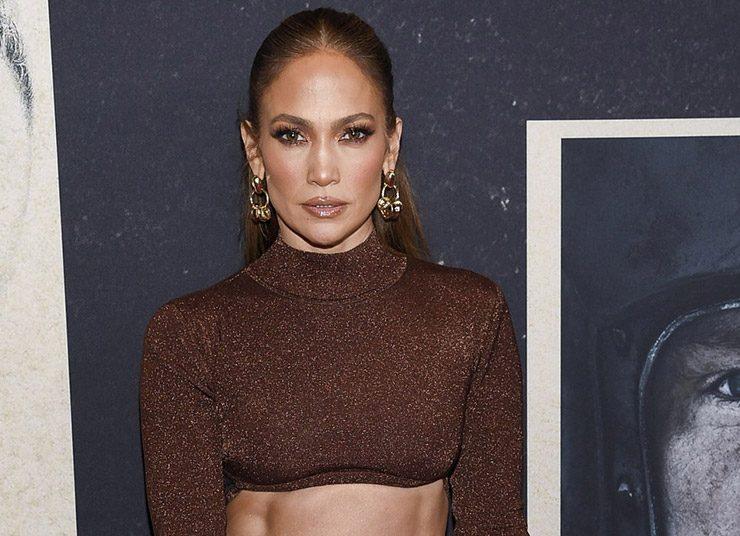 Η Jennifer Lopez με καφέ μακιγιάζ: Η υπέροχη φθινοπωρινή έμπνευση