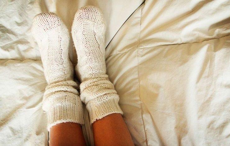Ερώτηση: Να φοράμε κάλτσες στον ύπνο;